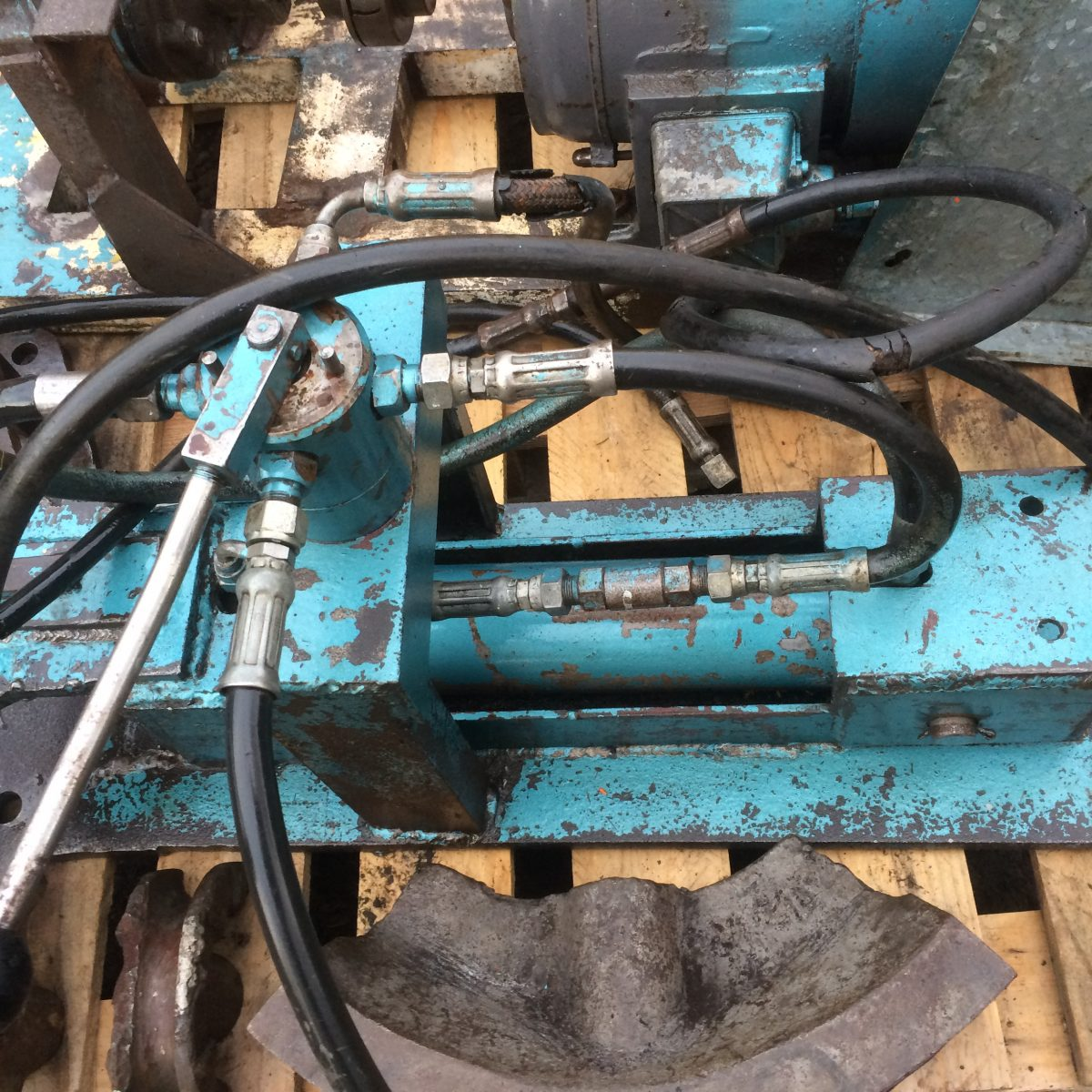3 Phase Industrial Hydraulic Pipe Benders - Black Dog Machinery