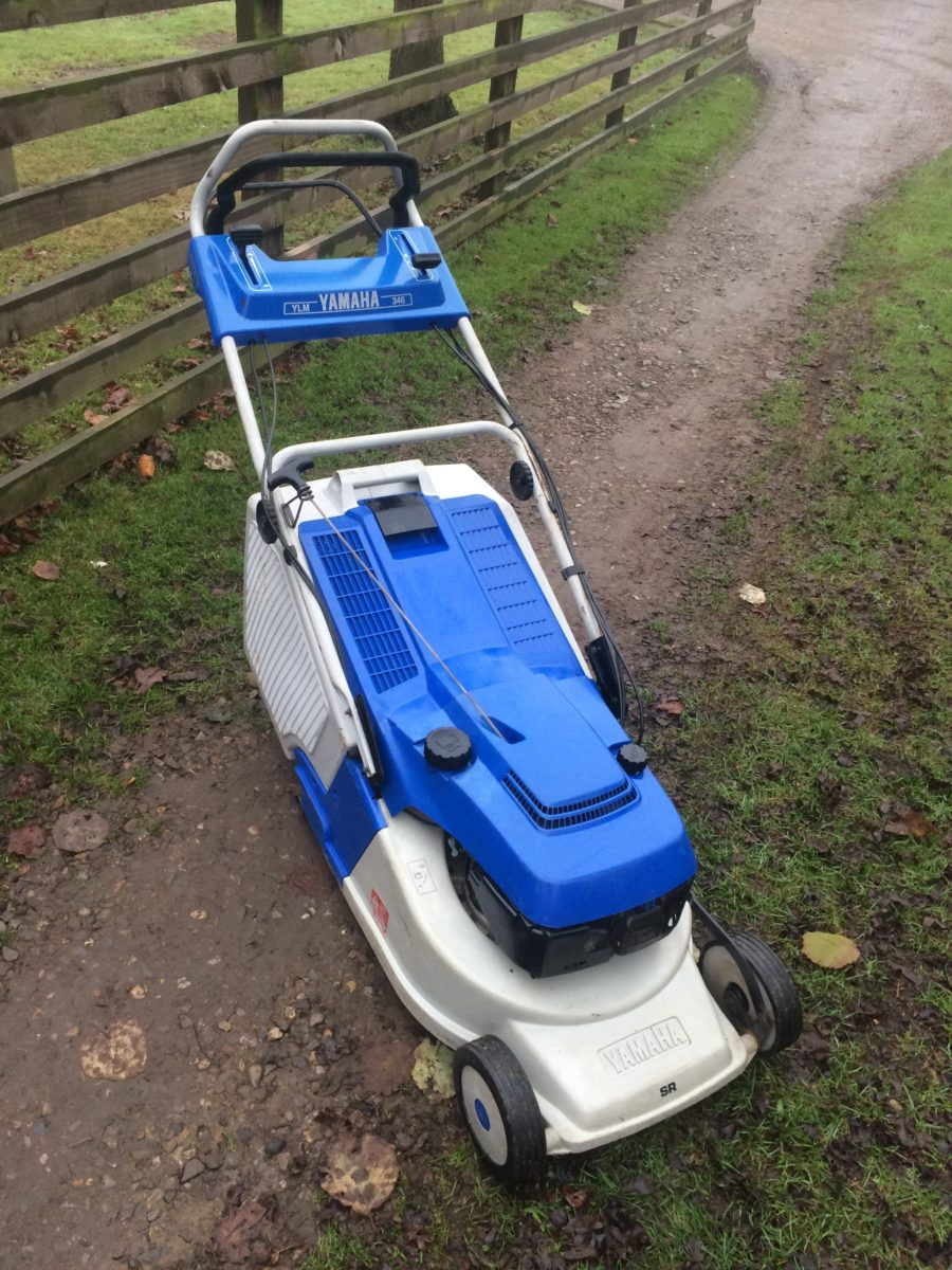 yamaha ylm 346 sr 18 self propelled rear roller petrol lawn mower ebay. Black Bedroom Furniture Sets. Home Design Ideas