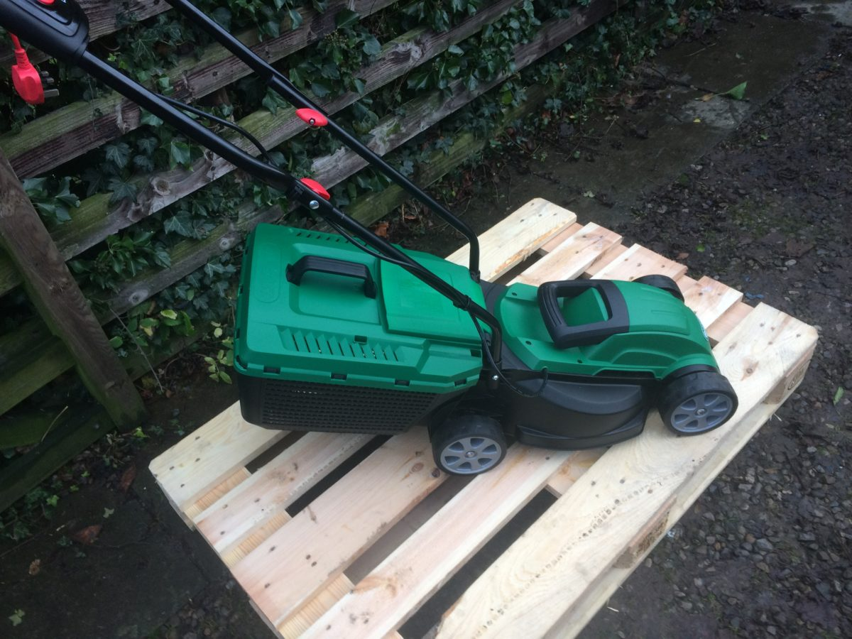Qualcast Electric Lawnmower - 1200w Pictures